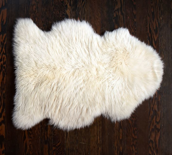 fall decor, home decor, interior design, decor picks for fall, velvet, copper, emerald, throw pillows, drapes, rugs, world market, overstock, target, faux fur, fur, sheepskin, cowhide