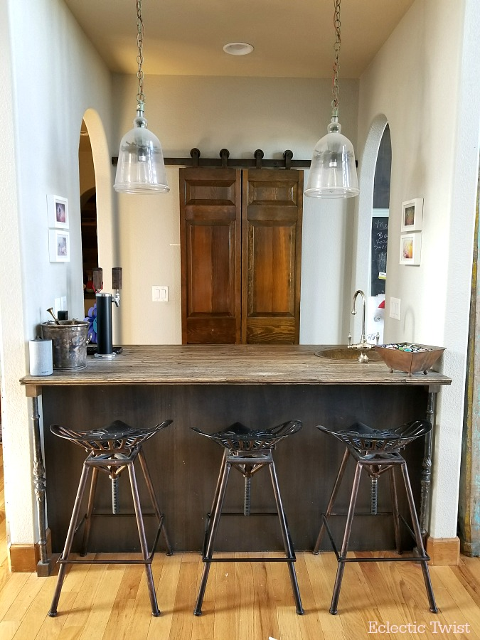 barn doors, cheap barn doors, pantry doors, home decor, interior design, inexpensive pantry doors, cheap pantry doors, reclaimed doors, barn doors less than $20