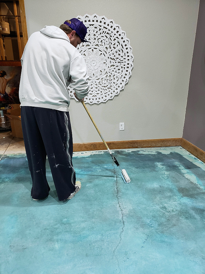 aqua stained concrete floors, pure white ppg, grey whitewashed wood ceiling, stained concrete, home, interior, design, decor, diy
