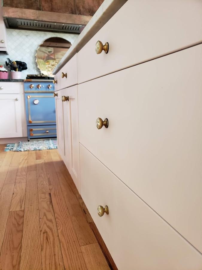 Diy Pink Kitchen Cabinets Tutorial, Annie Sloan Laminate Kitchen Cabinets